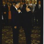 Remise de l'ordre national du mérite par F. Miterrand